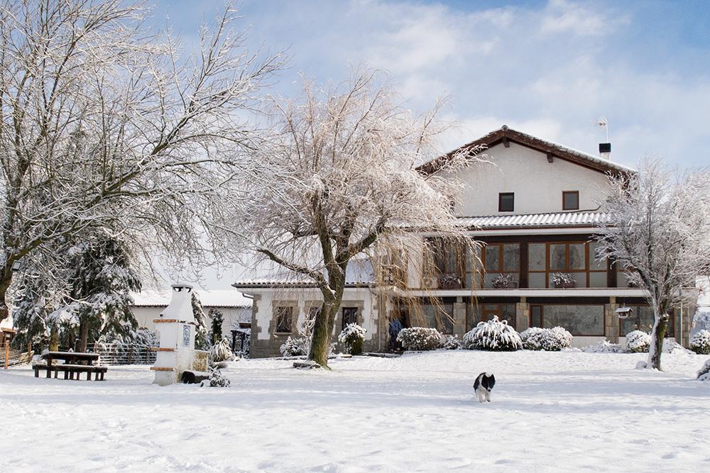 La casa nevada con Meru